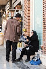Vendeuse de chaussettes